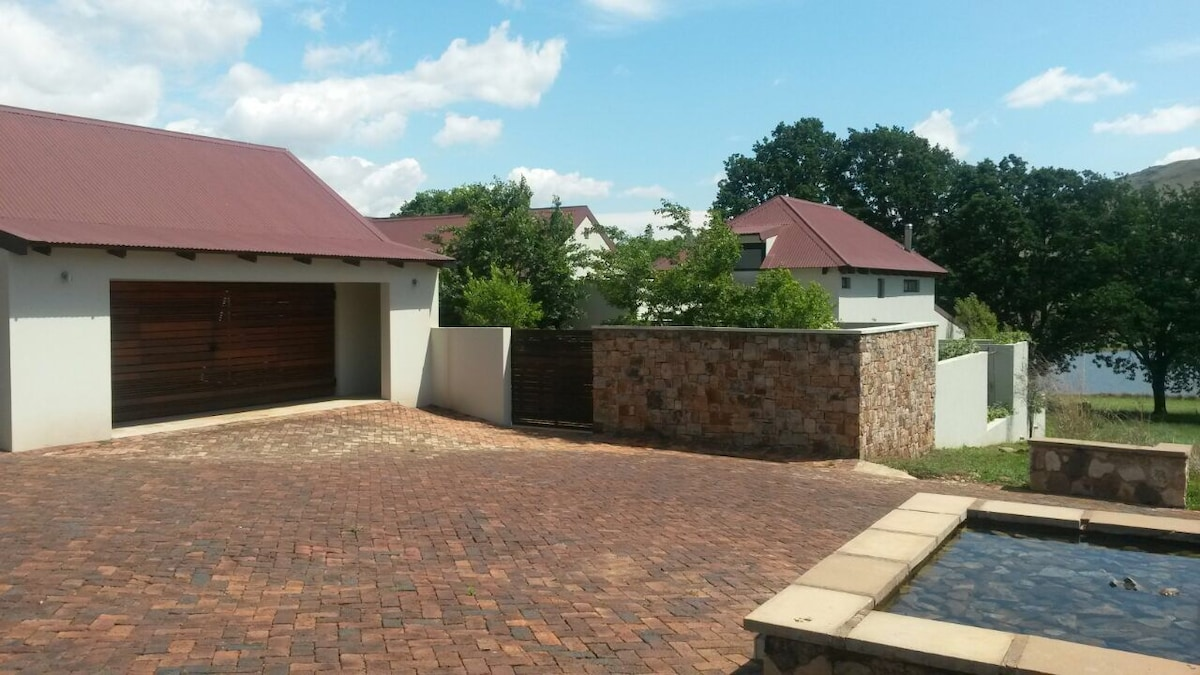 Walkersons Estate 109 Upwood Houses for Rent in Dullstroom