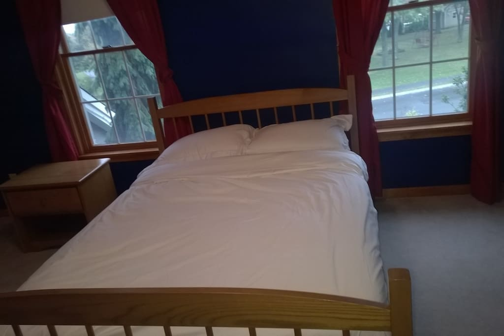 Bed with clean linens