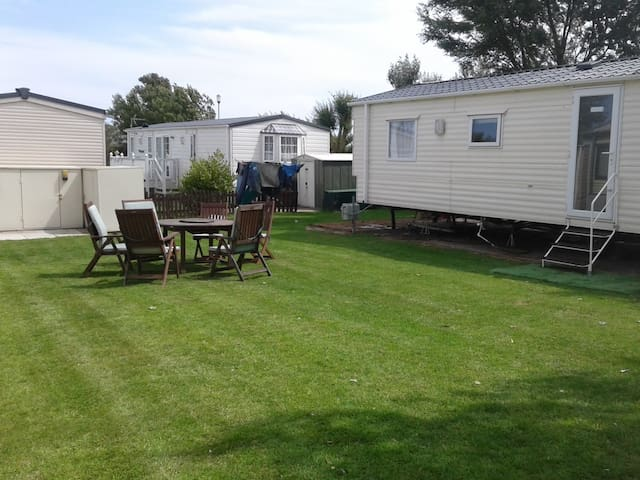 Contractor Accommodation or Family Caravan Holiday