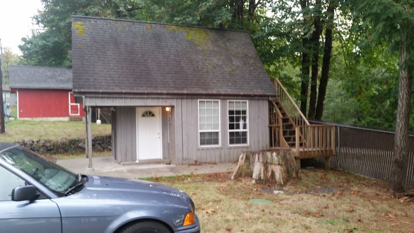 Lake front cabin - Shelton - Appartement