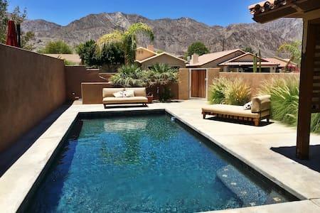 La Quinta Luxury Pool Home With Views - La Quinta