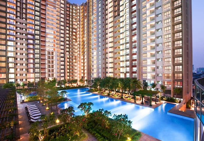 Entire Luxurious Apartment Vasant Oasis Andheri E