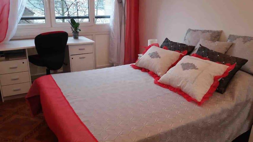 Superbe chambre confortable