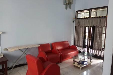 Rumah di perum Limas Agung Purwokerto