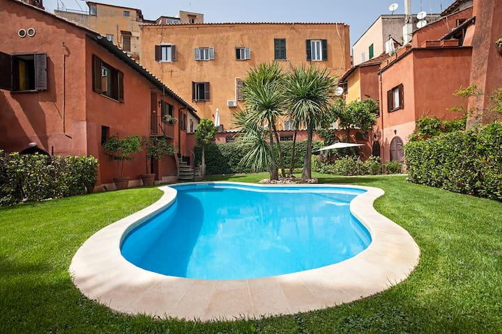 Loft with Pool in Trastevere