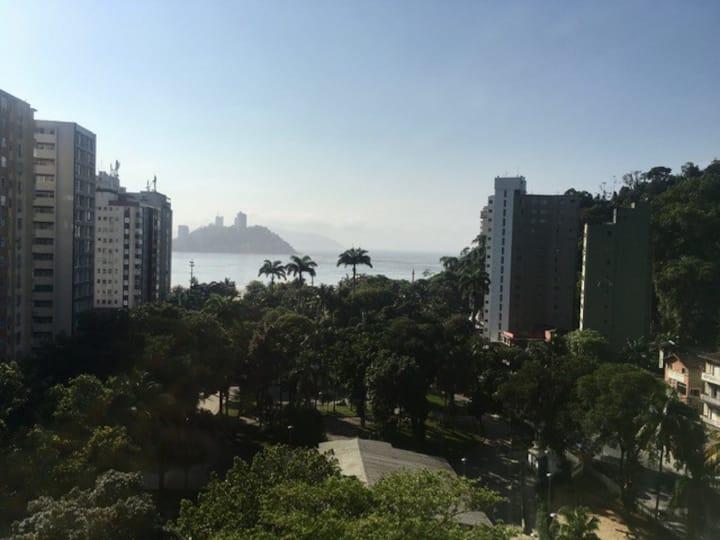 AP São Vicente de frente a praia, vista incrível.