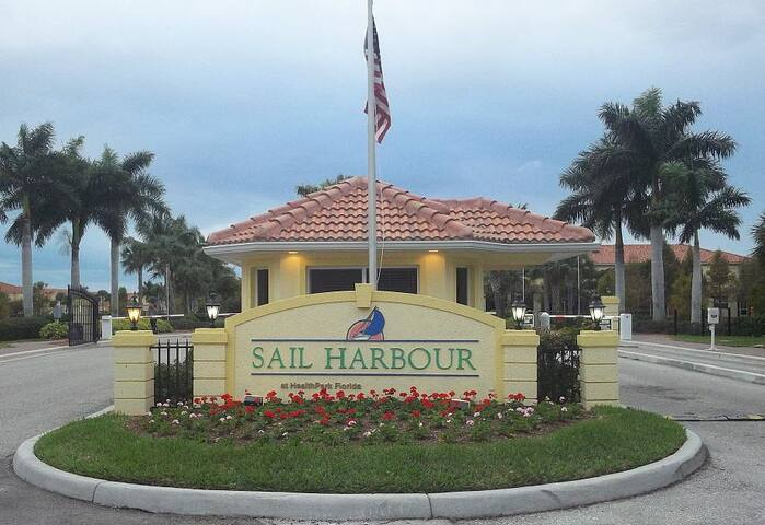 Gated Community - Sail Harbour