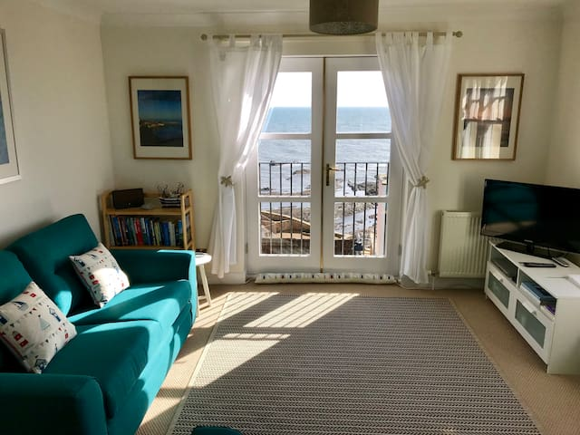 Holiday Flat with Amazing Seaviews