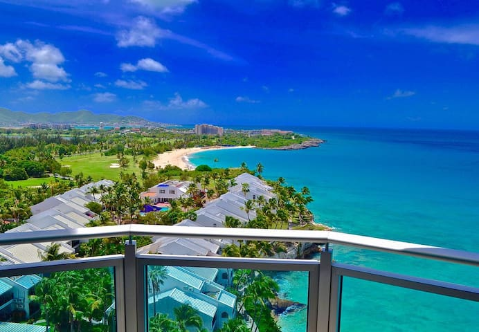 *SPECIALS* The CLIFF REOPENING * Breathtaking sunsets _ Luxury Beachview condo