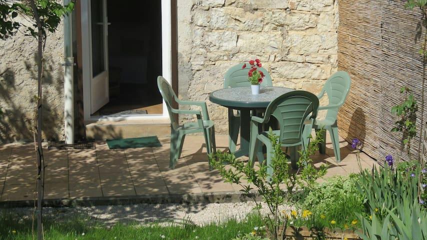 Bienvenue 'Chez Mamie' - Challes-la-Montagne - Haus