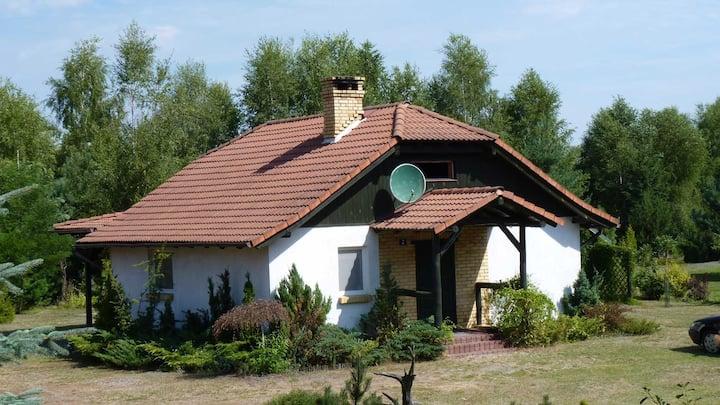 Domek przy jeziorze w sercu Puszczy Noteckiej