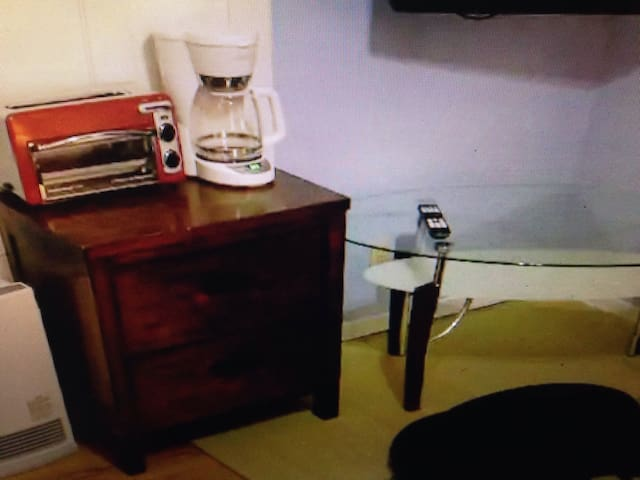 Large Room with fridge, tv, & wifi - Reggio Calabria - Flat