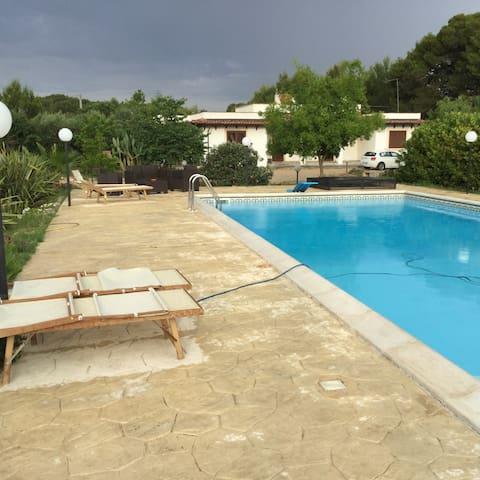 Villa con piscina nel Salento - Contrada Piani - Hus