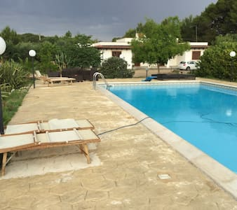 Villa con piscina nel Salento - Contrada Piani