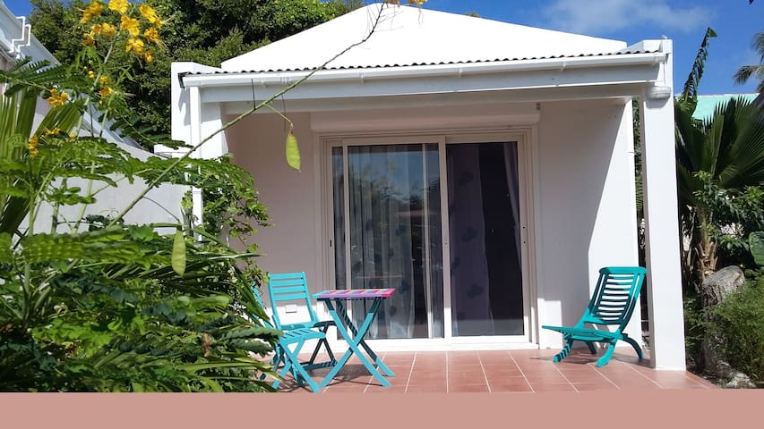 Privat studio near Sunset Beachbar 'The Arthouse' - Simpson Bay - Chatka