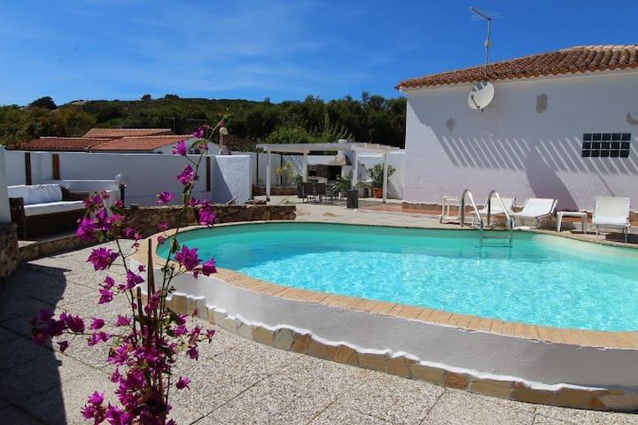 Villa con piscina privata Prato verde Barbecue ;-)
