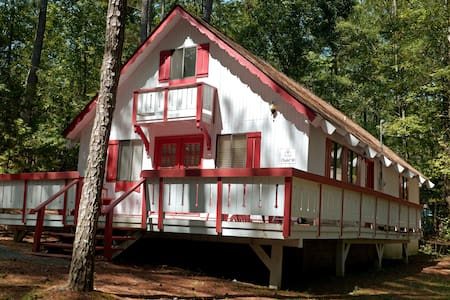 Pine Mountain Club Chalets - Offlake Three Bedroom #68 - Not Pet Friendly