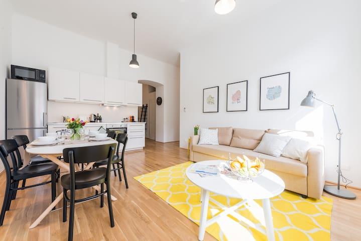 SLI #1 Apartment, new & top located