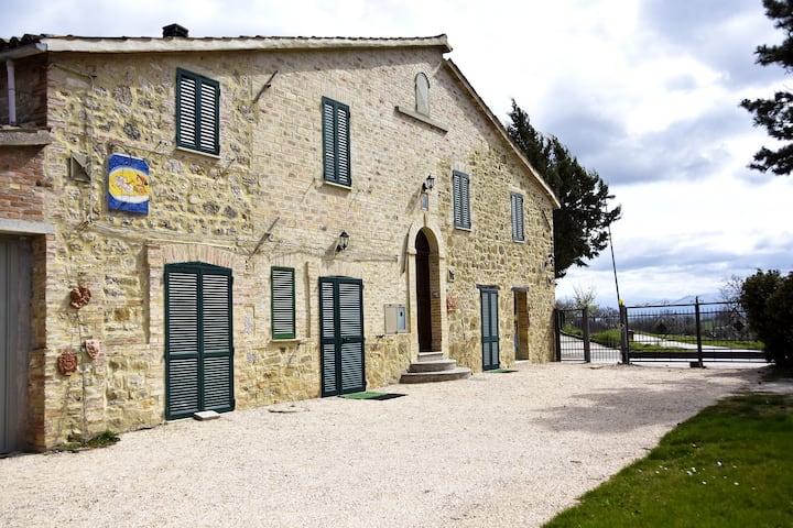 ColleChiaro - Casa per la tua vacanza in Umbria