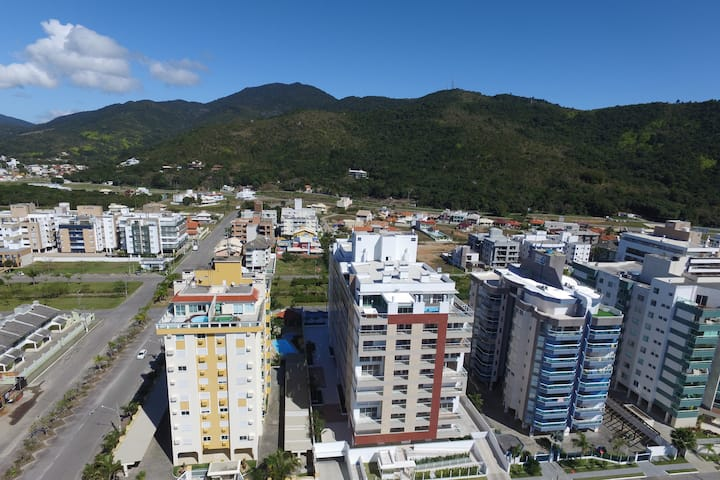 Destacado departamento de 3 suites Nadir 402