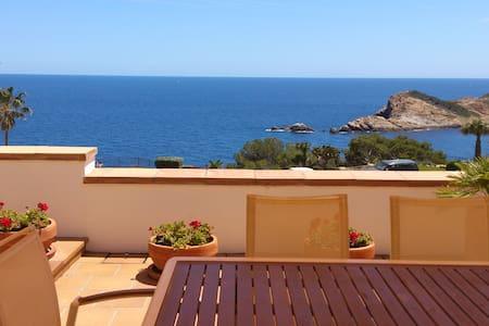 Apartamento con gran terraza en Cap-sa-sal - Begur