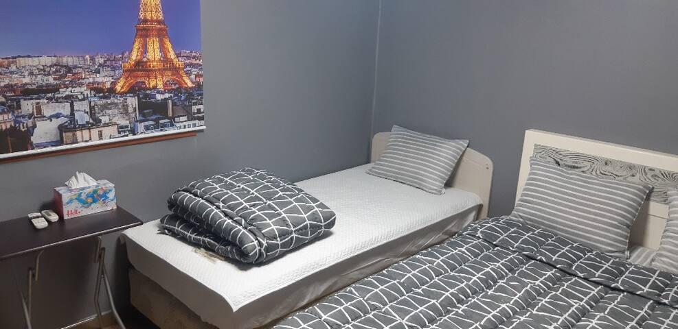 Best Location Jongro Private Deluxe Twin Room