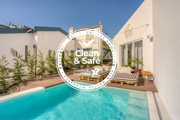 Selina Boavista Ericeira - Private 6 Bed Dorm