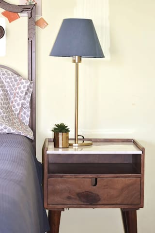 Night stand for your night lecture.