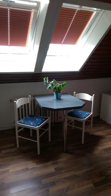 n he duisburg zentrum ferienwohnung f r 1 person wohnungen zur miete in duisburg nordrhein. Black Bedroom Furniture Sets. Home Design Ideas
