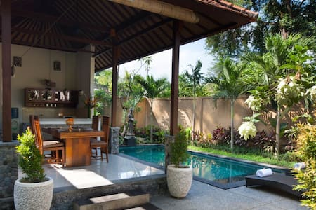Villa with Private Pool near Ubud # 2 bed rooms - Gianyar
