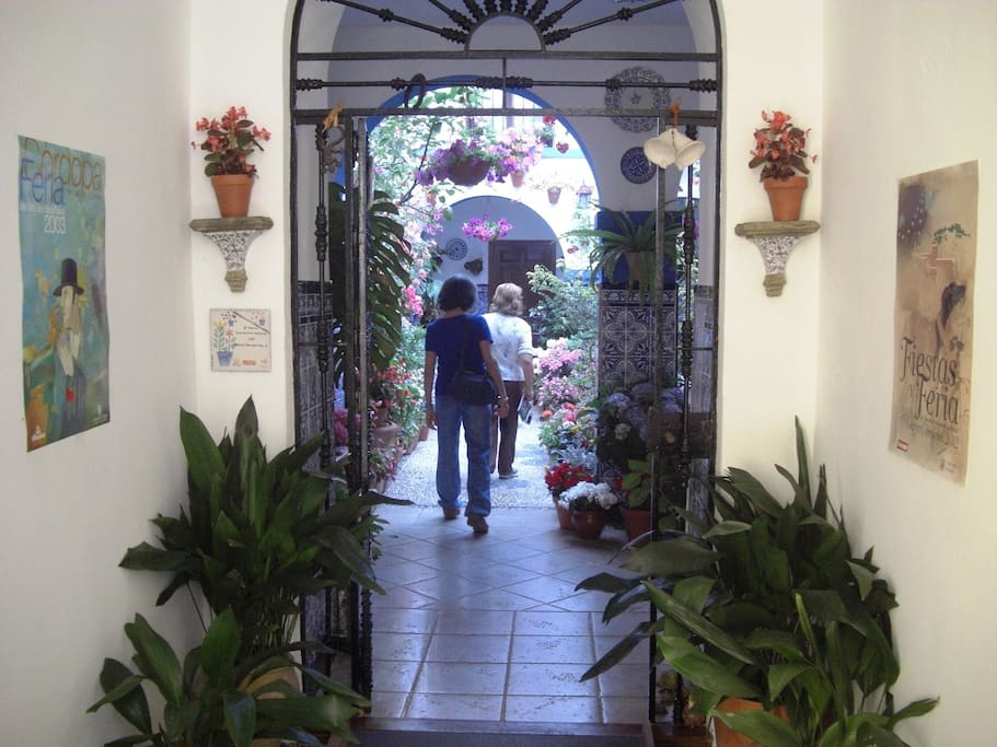 Habitaci n privada en casa t pica casas en alquiler en - Inmobiliarias en cordoba espana ...