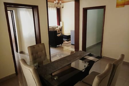 Standard Furnished Room(s) in Comfortable Home