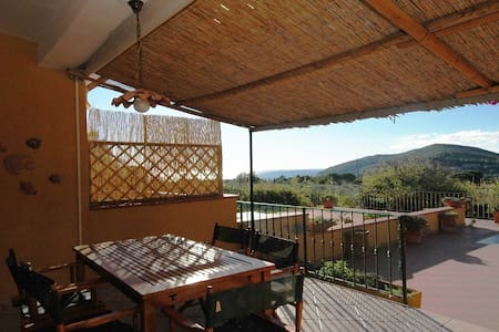With terrace and sea view - Apartment Melograno