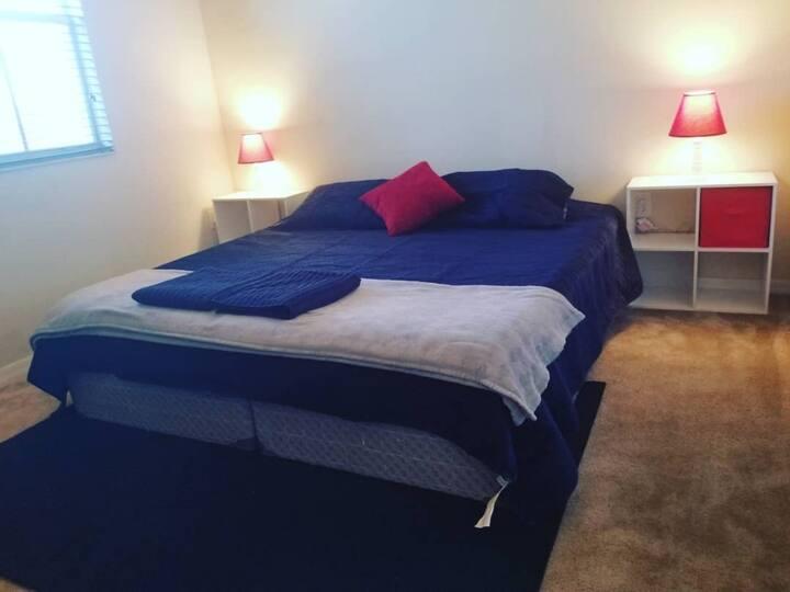 Una habitación como en Casa. Key west, NASCAR
