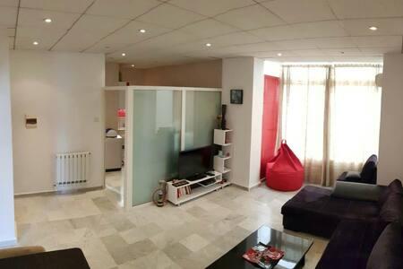 Super-cozy appartement Hydra, Algiers, Algeria