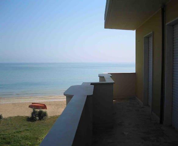 Pineto - Casa vacanze con accesso sulla spiaggia