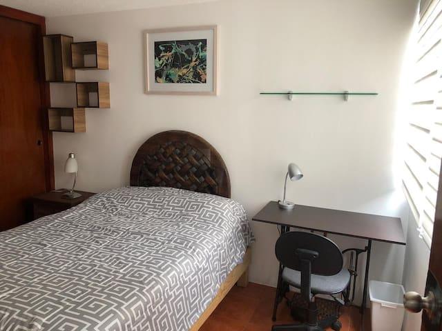 Lindo cuarto con excelente ubicación #1