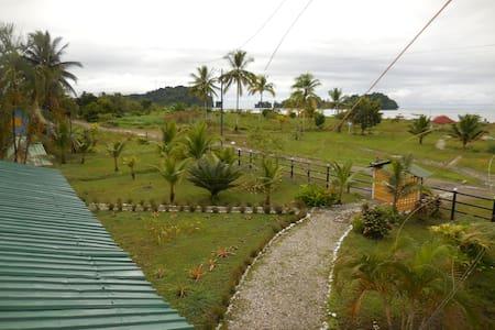 Hotel Nuquimar - Nuquí