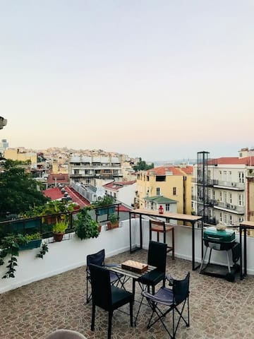 Galata Double Terrace Studio Flat