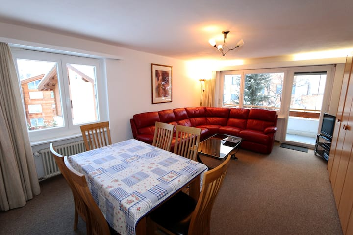 Apollo 11- Two-bedroom apartment in the center of Saas-Fee