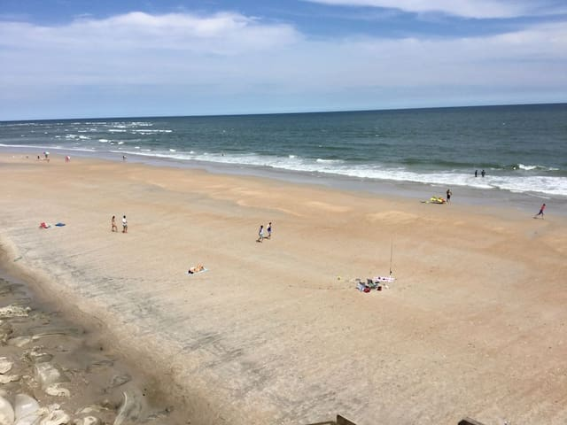 Leave your worries- come relax at the beach. 317