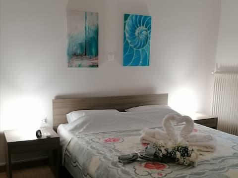 Apartment 80m^2, near metro, 14 min from Acropolis