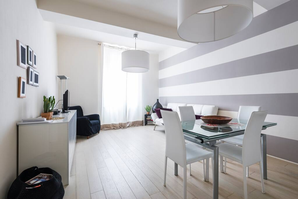 Elegante appartamento nel cuore della citt appartamenti for Appartamenti in affitto modena