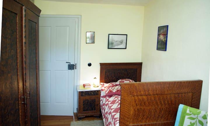 Einfaches Zimmer in historischen Gasthof