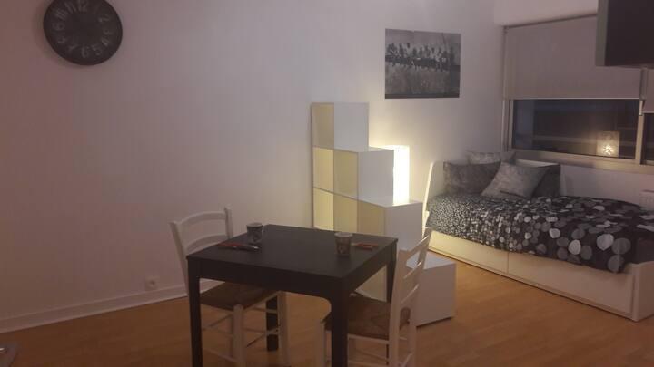 Studio tout confort neuf, 32 m2