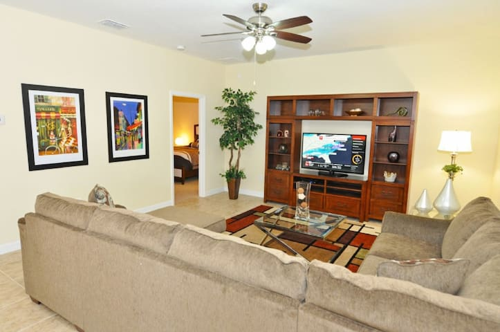 5-Bed Champions Gate Resort Home w Pool, Game Room, Resort Amenities -1457MYRTLE