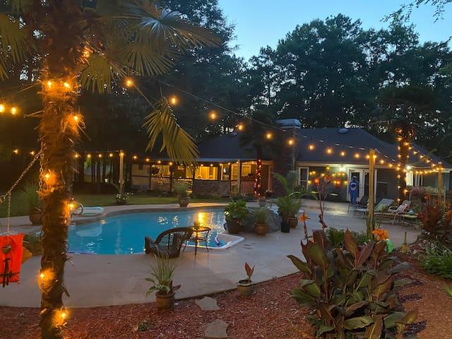 South Atlanta Palms Tropical Oasis
