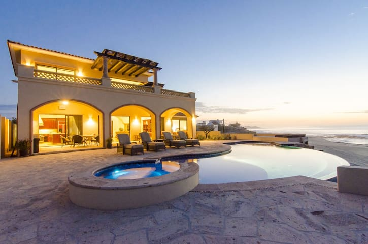 Luxury 4 BR Beachfront Villa w/ Central A/C, WiFi, Private Heated Pool + More!