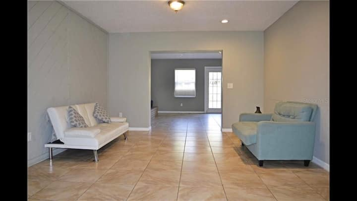 Cozy Private Room near Downtown Orlando/Airport