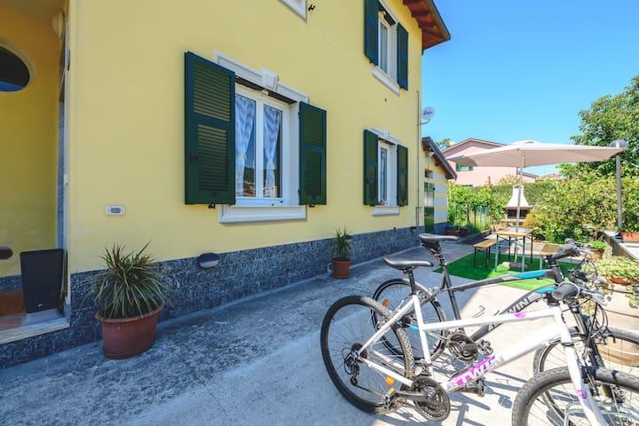 Casa Vacanze da Santina - alloggio con giardino